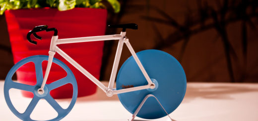 Doiy Fixie Pizza Cutter
