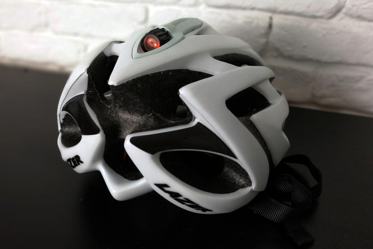Lazer O2 Helm mit Licht