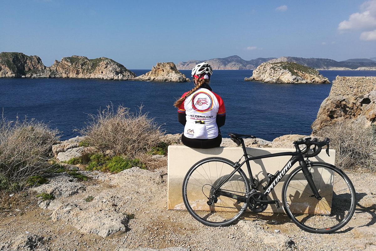 Mallorca im Februar – Paguera: Rennradfahren am Fuße der Tramuntana