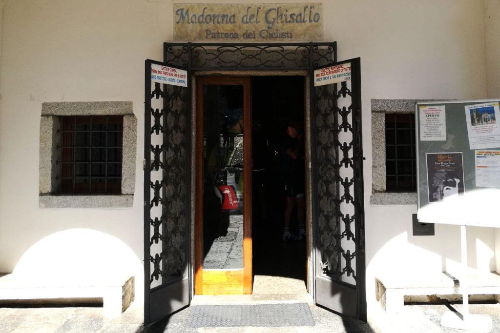 Eingang zur Madonna del Ghisallo