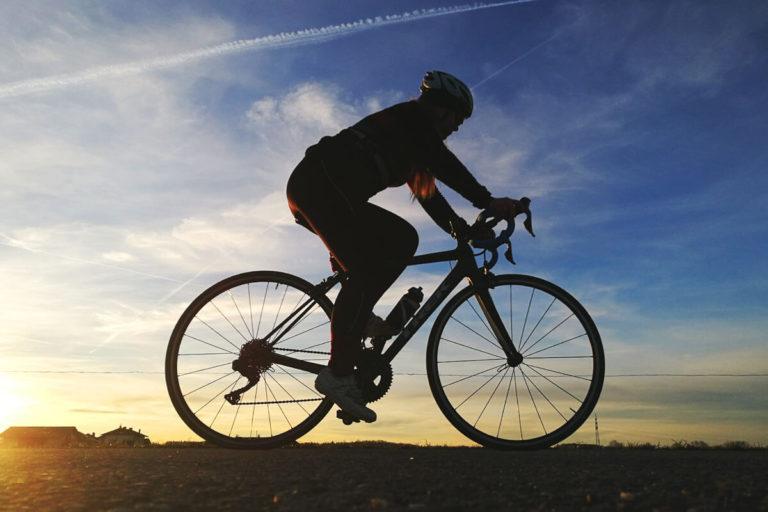 Rennrad Training Frauen Zyklus