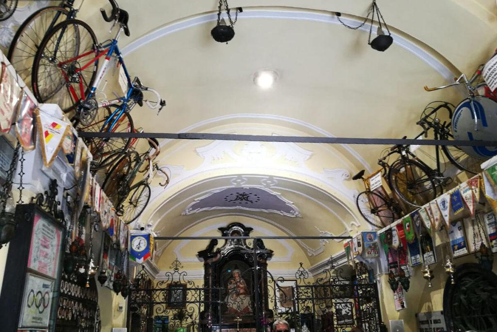 Madonna del Ghisallo - Altar