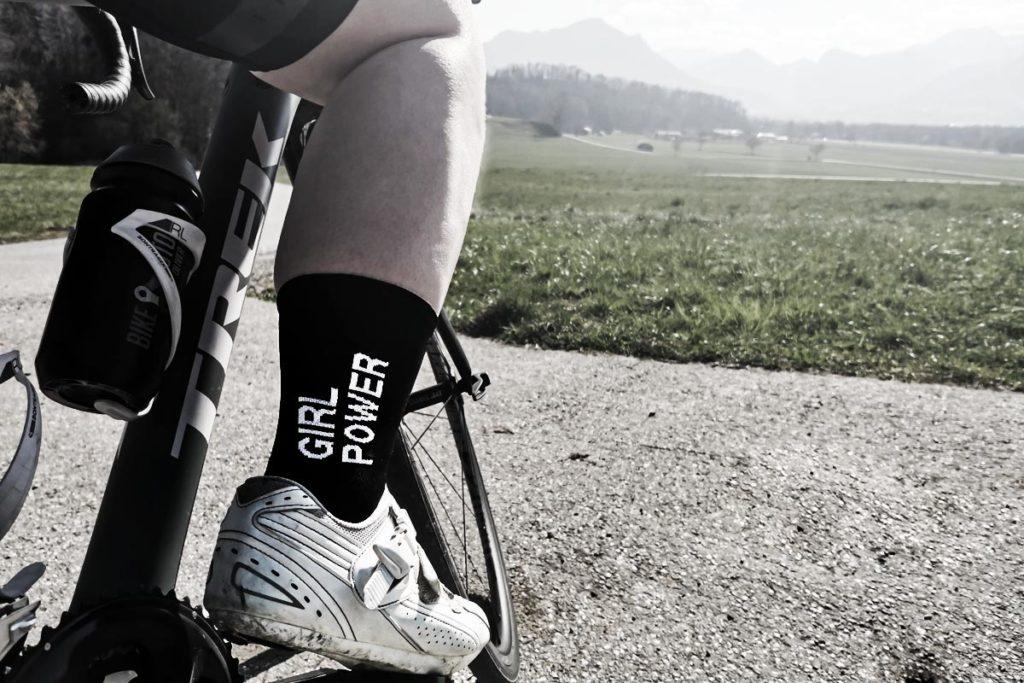 Rennrad Frauen Herausforderungen - Girl Power Socken von Fingerscrossed