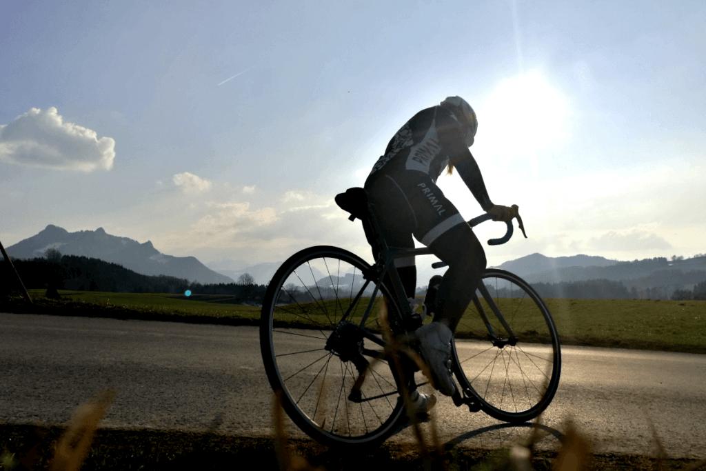 Rennradfahren einklicken