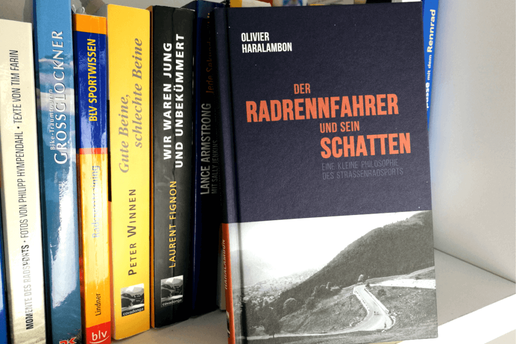 Radrennfahrer und sein Schatten